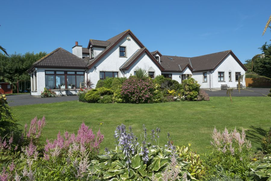 Valley View Country House B&B - Bushmills